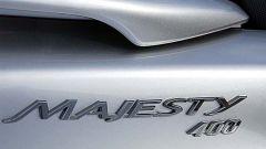 In sella a: Yamaha Majesty 400 - Immagine: 24