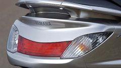 In sella a: Yamaha Majesty 400 - Immagine: 8
