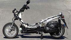 In sella a: Yamaha Majesty 400 - Immagine: 15