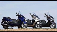 In sella a: Yamaha Majesty 400 - Immagine: 14