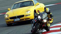 Maserati Coupè GT vs Aprilia RSV Nera - Immagine: 1