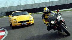 Maserati Coupè GT vs Aprilia RSV Nera - Immagine: 10