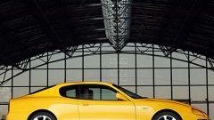 Maserati Coupè GT vs Aprilia RSV Nera - Immagine: 23