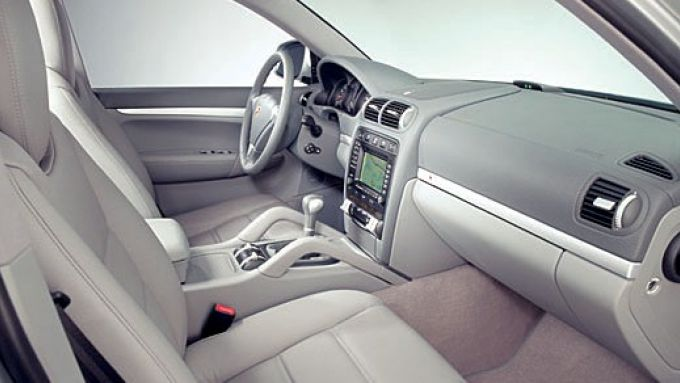Immagine 5: Porsche Cayenne 3.2 V6