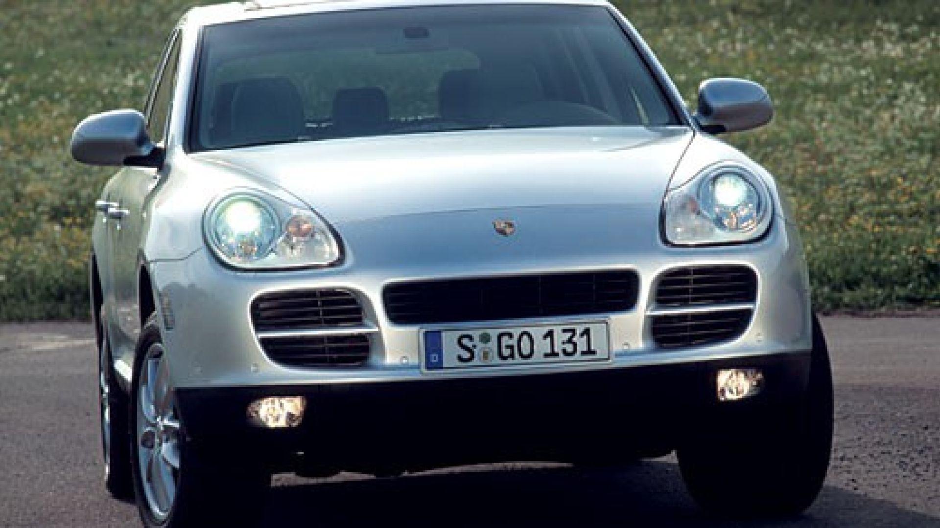 Immagine 8: Porsche Cayenne 3.2 V6