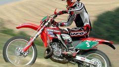 In sella alla Honda CRE 250 Campione del mondo - Immagine: 31