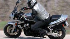 Kawasaki ZR-7S vs Yamaha Fazer 600 - Immagine: 58