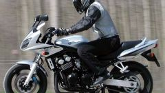 Kawasaki ZR-7S vs Yamaha Fazer 600 - Immagine: 56