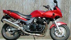 Kawasaki ZR-7S vs Yamaha Fazer 600 - Immagine: 27