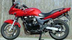 Kawasaki ZR-7S vs Yamaha Fazer 600 - Immagine: 19
