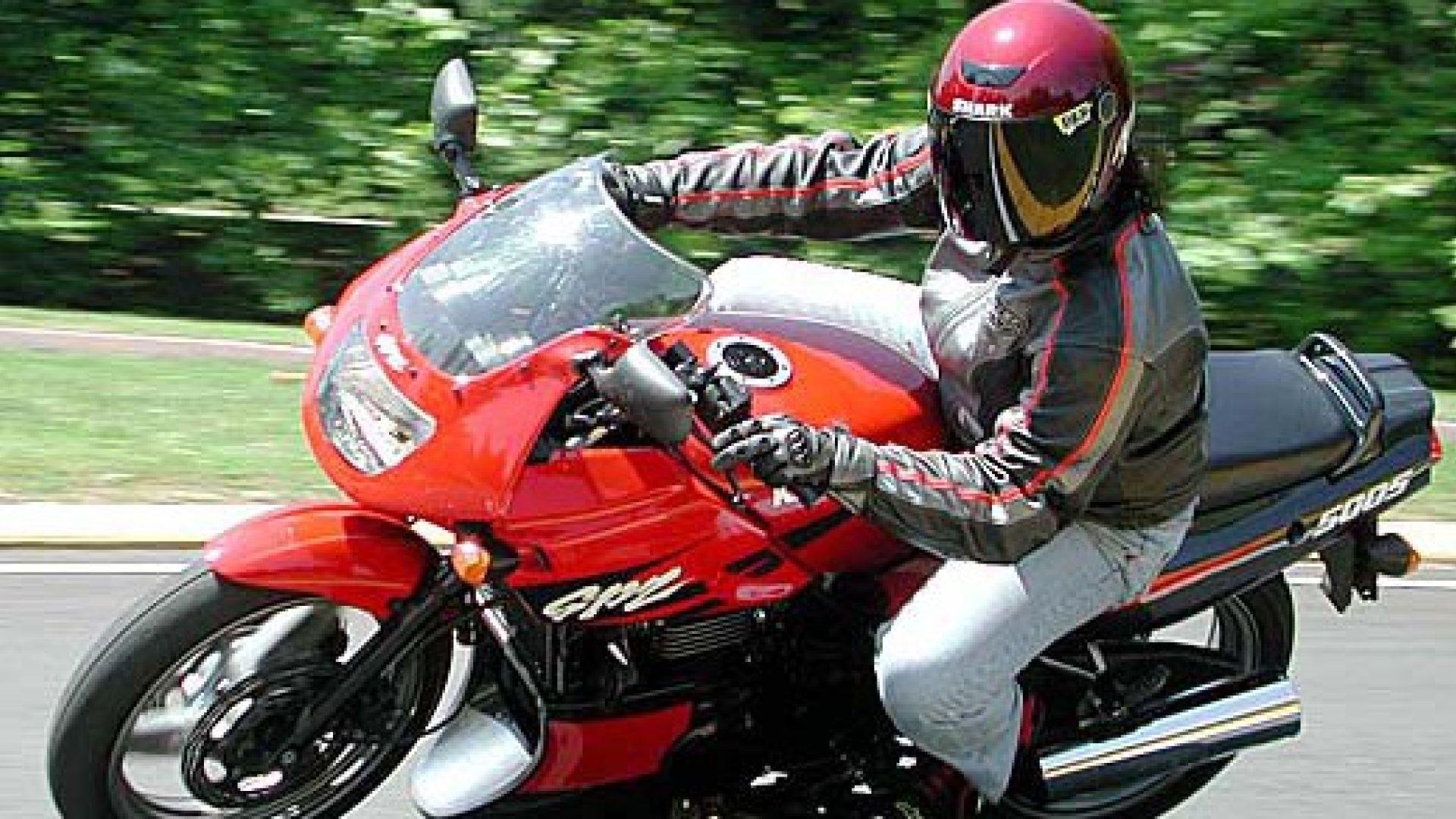 Immagine 16: Kawasaki GPZ 500S