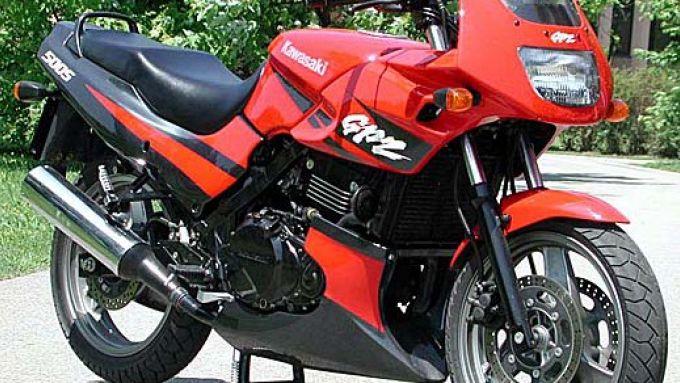 Immagine 17: Kawasaki GPZ 500S