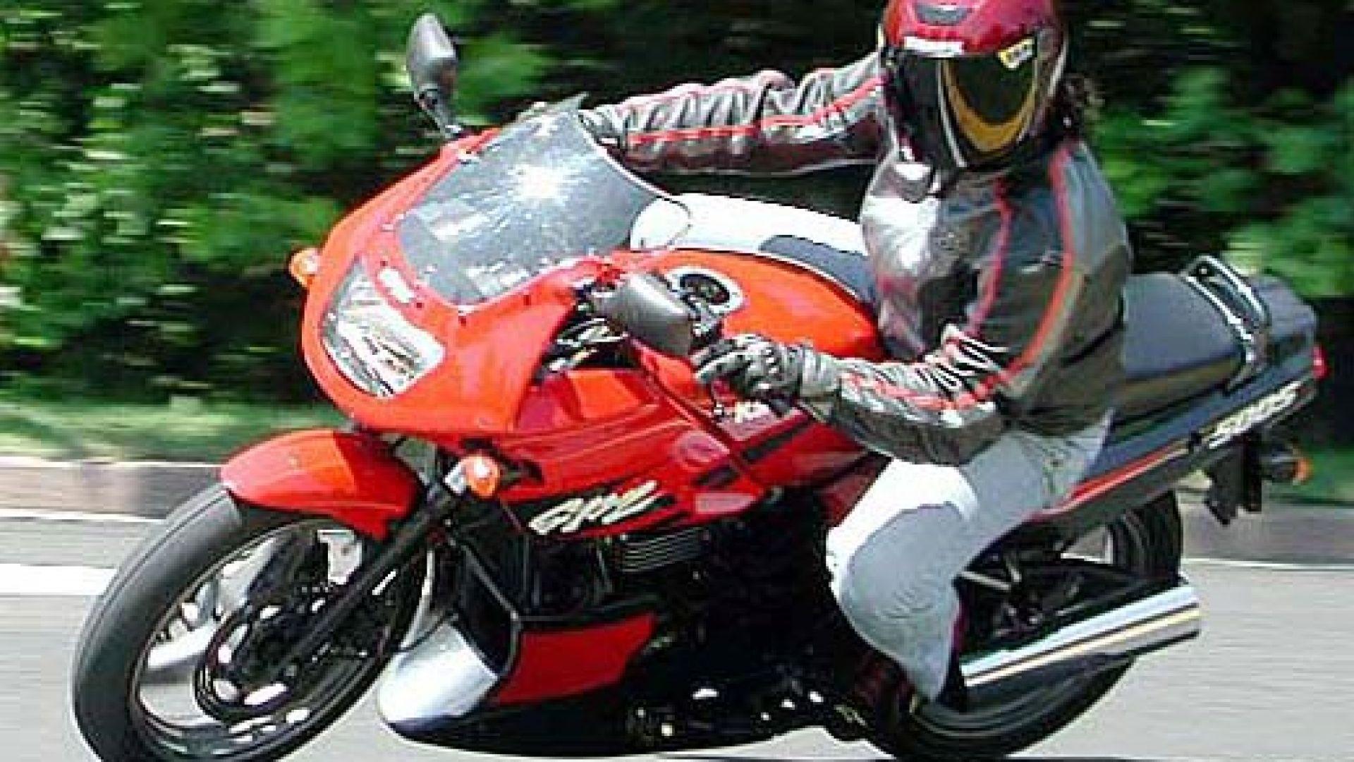 Immagine 20: Kawasaki GPZ 500S