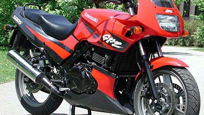 Immagine 2: Kawasaki GPZ 500S
