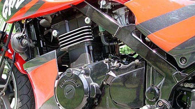 Immagine 27: Kawasaki GPZ 500S