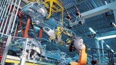 Bmw Active Steering: la rivoluzione della nuova Serie 5 - Immagine: 16