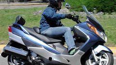 Suzuki Burgman 400 ie - Immagine: 1