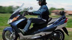 Suzuki Burgman 400 ie - Immagine: 29