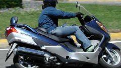 Suzuki Burgman 400 ie - Immagine: 30