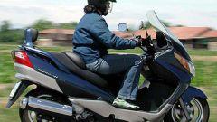 Suzuki Burgman 400 ie - Immagine: 33