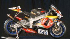 MotoGP 2003: al debutto l'Aprilia RS Cube - Immagine: 2