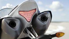 Yamaha R1 - Immagine: 14