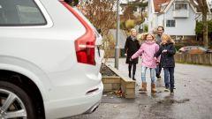100 famiglie svedesi collauderanno le Volvo XC90 a guida autonoma