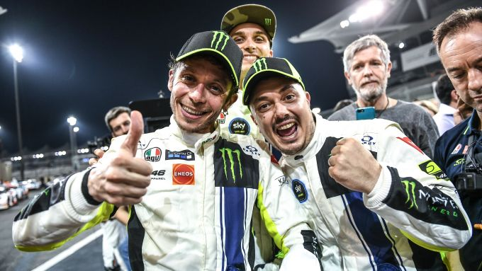 12 Ore del Golfo 2019: l'esultanza di Valentino Rossi, Uccio Salucci e Luca Marini dopo la gara