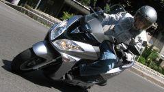 Suzuki Burgman 200 Vs Sym Joyride 200 Evo - Immagine: 16