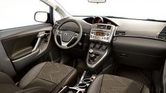 Toyota Verso 2.0 D-4D - Immagine: 19