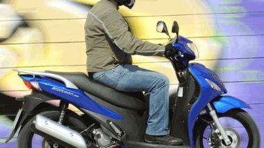 Listino prezzi Suzuki Sixteen