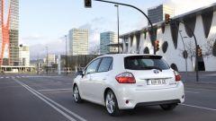 Toyota Auris HSD Hybrid - Immagine: 15