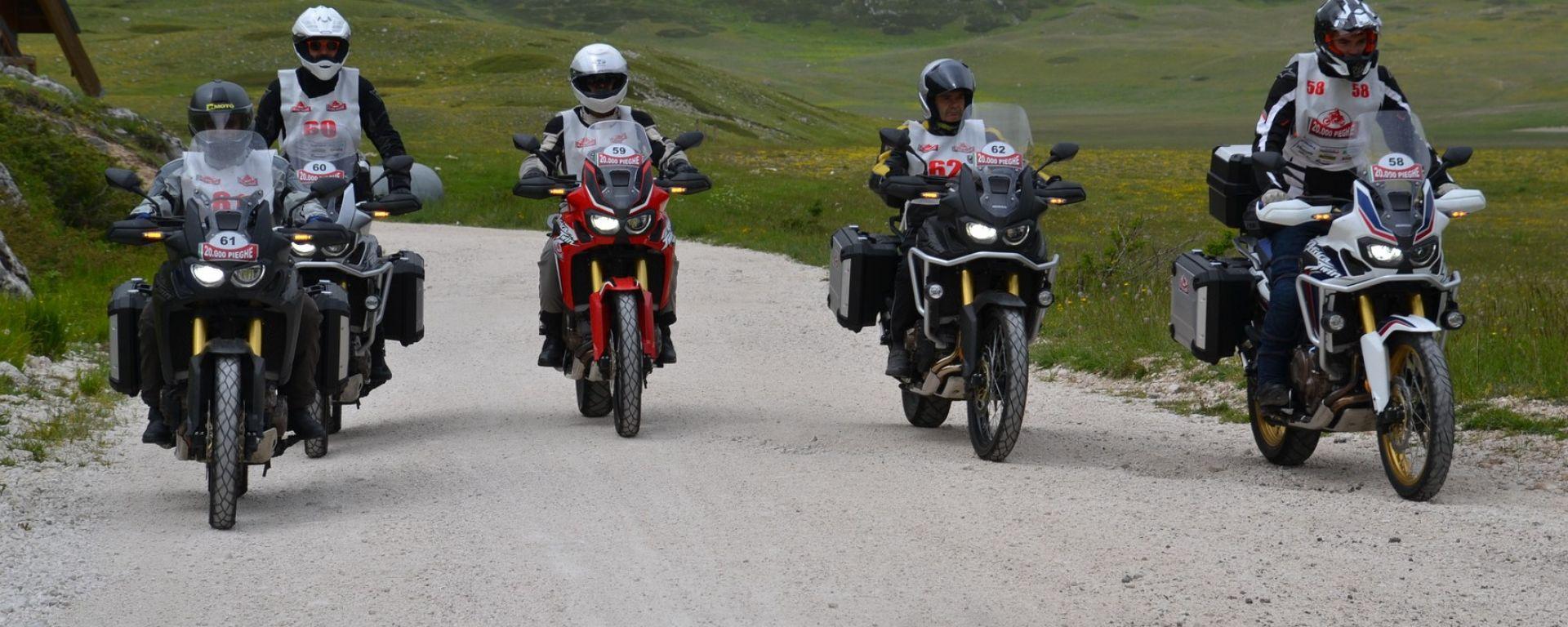 20.000 Pieghe 2016, la squadra Honda con Africa Twin