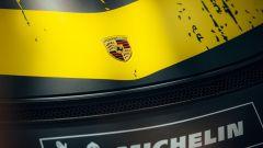 2019 Porsche 718 Cayman GT4 Clubsport: lo scudo sul cofano