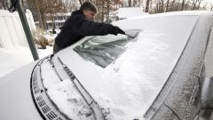 Come guidare sicuri col ghiaccio? Tutto il gelo dalla A alla Z - Immagine: 5