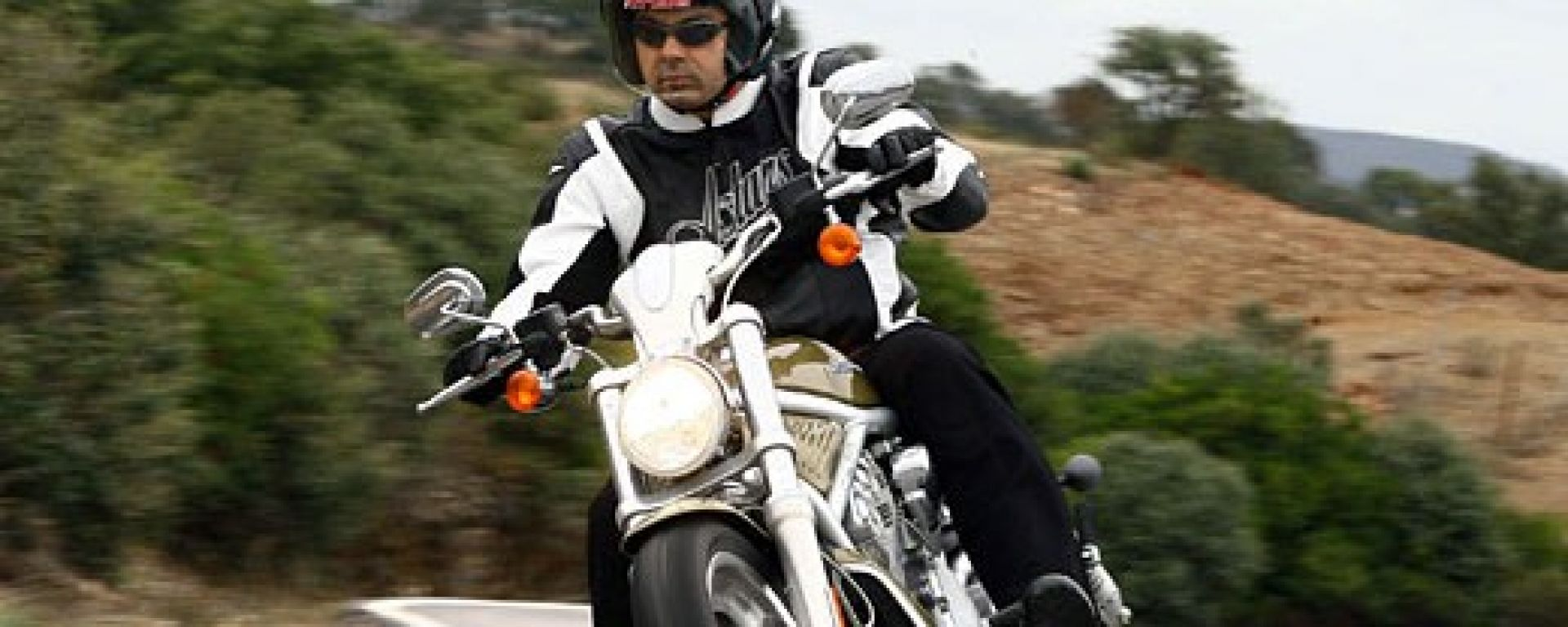 Harley-Davidson Sportster e VRSC 2007