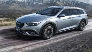 Listino prezzi Opel Insignia Country Tourer