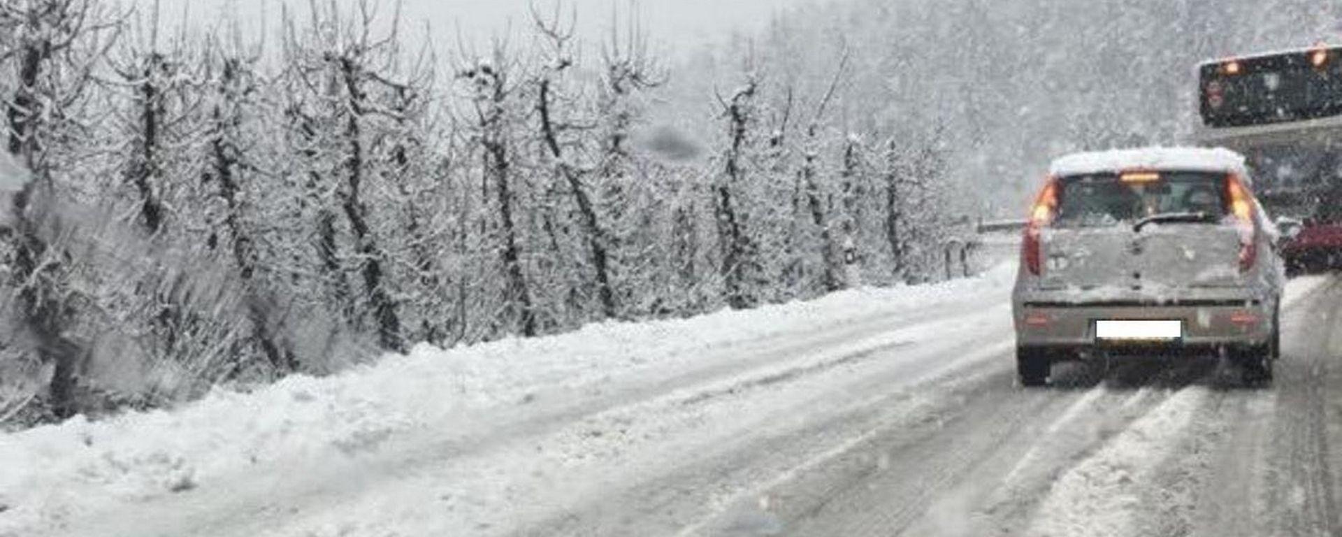 Maltempo, arriva Burian. I consigli per la guida con neve e ghiaccio
