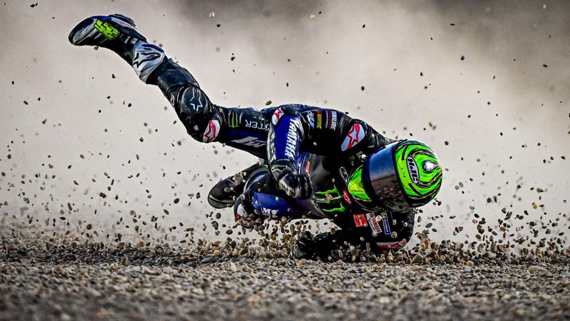 Crutchlow cade, Lorenzo sfotte: baruffa social infiamma i test MotoGP di Losail