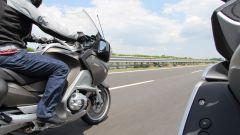 8 Stati per 8 cilindri: test per BMW K 1600 GTL e R 1200 RT - Immagine: 78