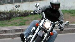 Honda Shadow 750 - Immagine: 13