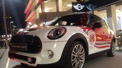 80limpia: BMW Milano ospita la mostra sulle Scarpette Rosse - Immagine: 21
