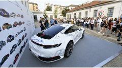 911 e Porsche Haus: posteriore