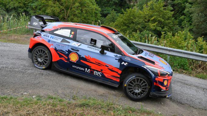 A bordo della Hyundai i20 WRC Plus con Thierry Neuville