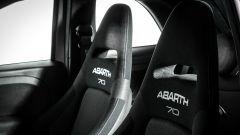 Abarth 595 Pista 2019, sedili racing