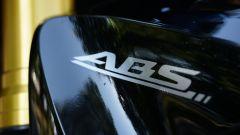 ABS scritta su parafango