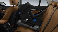 BMW: dai seggiolini al porta tablet, gli accessori per le vacanze - Immagine: 9