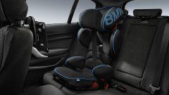 BMW: dai seggiolini al porta tablet, gli accessori per le vacanze - Immagine: 11
