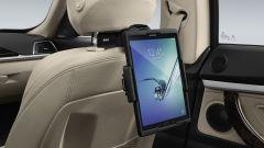 BMW: dai seggiolini al porta tablet, gli accessori per le vacanze - Immagine: 14