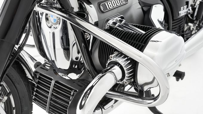 Accessori Wunderlich per BMW R 18: barra paramotore